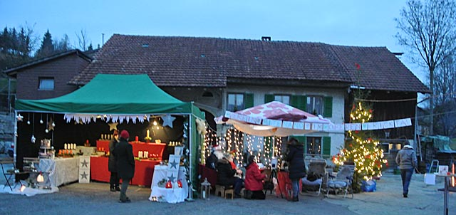 Weihnachtsmarkt Laufenburg.Fricktal Info Der 17 Zeiher Weihnachtsmarkt Fand Neu In Der
