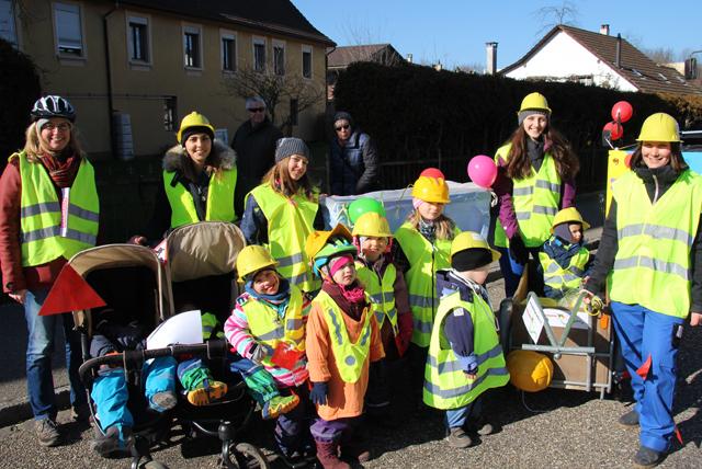 Kinderkrippe Wallbach als Bauarbeiter an der Fasnacht