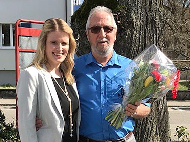 Ehrendame Jacqueline und Veteran Peter Kaufmann. Foto: zVg